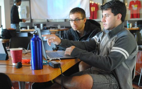 Students Develop Apps in Hackathon Competition