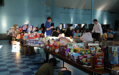 Two community organizations conduct food drive in Sandtown neighborhood