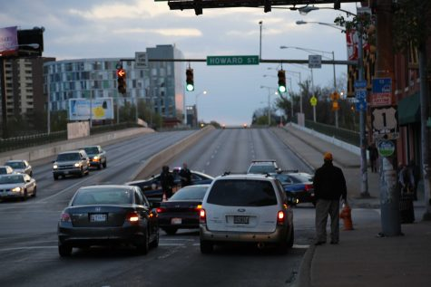 Police shutting down the North Avenue Bridge westbound.