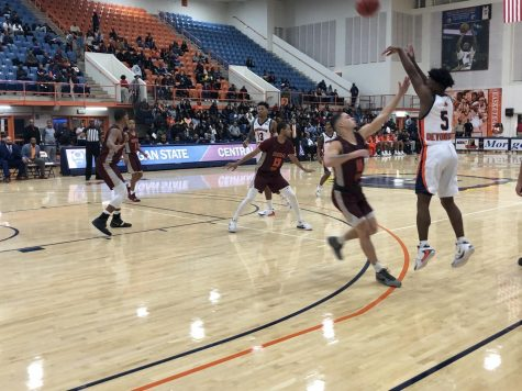 Bears earn 20th loss against North Carolina Central University